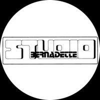 Logo Bernadette Hein Friseurmeisterin